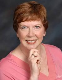 Gloria Mitten